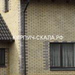 рустированный кирпич скала солома фото дома