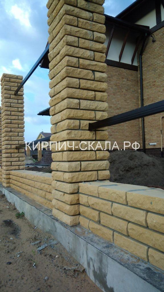 стройка, строительство забора во владимире, забор, кирпич, кирпичный забор